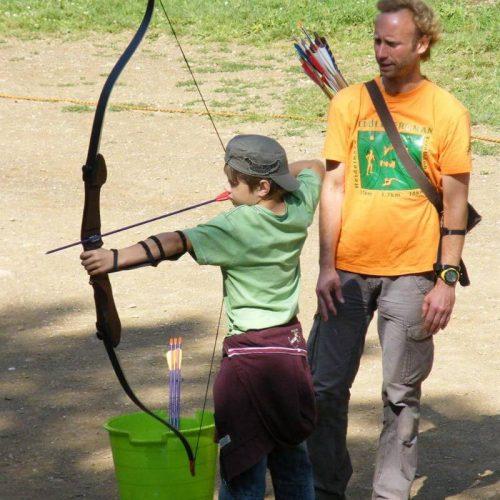 AbenteuerLernen.net intuitives Bogenschießen (für Anfänger) und Bogenbau für Kinder und Jugendliche