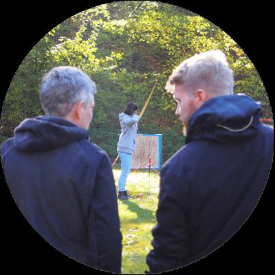 Fortbildung Intuitives Bogenschiessen und initiatische Prozessbegleitung mit Abenteuer lernen Lars Christensen Ursula Wältring